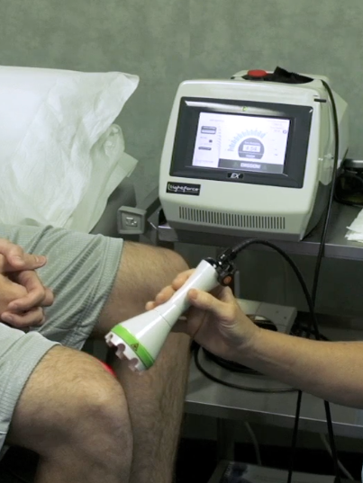 Laser-Therapy-Knee-Treatment_Close-Up.png