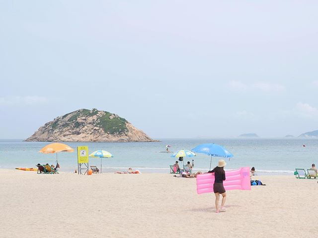 This beach is just 25 min outside of downtown Hong Kong. I couldn't believe how empty it was on an 85 deg day.