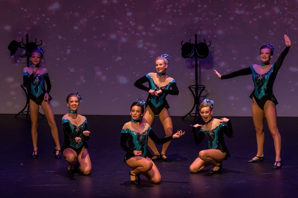 inters dance 3.jpg