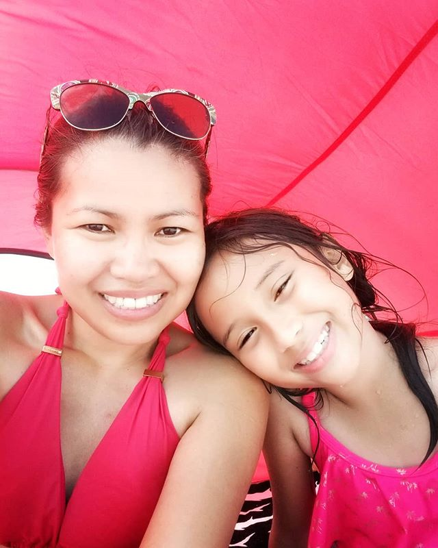 Couldn't ask for a better way to celebrate Mother's Day than being in the beach with this lovely mermaid! 💕 . . . . . #mothersday #motherhood #momlife #mommyandme #moms #mommy #mombloggers #momblog #momblogger #mamabear #mama #mamablog #mommyblogger #mommylove #mommyanddaughter #mommysgirl🎀 #mommylife #mamasgirl #minime #floridablogger #tampa #islandlife #beachday #beachlife #floridaliving #saltlife #momlifeisthebest #momstyle