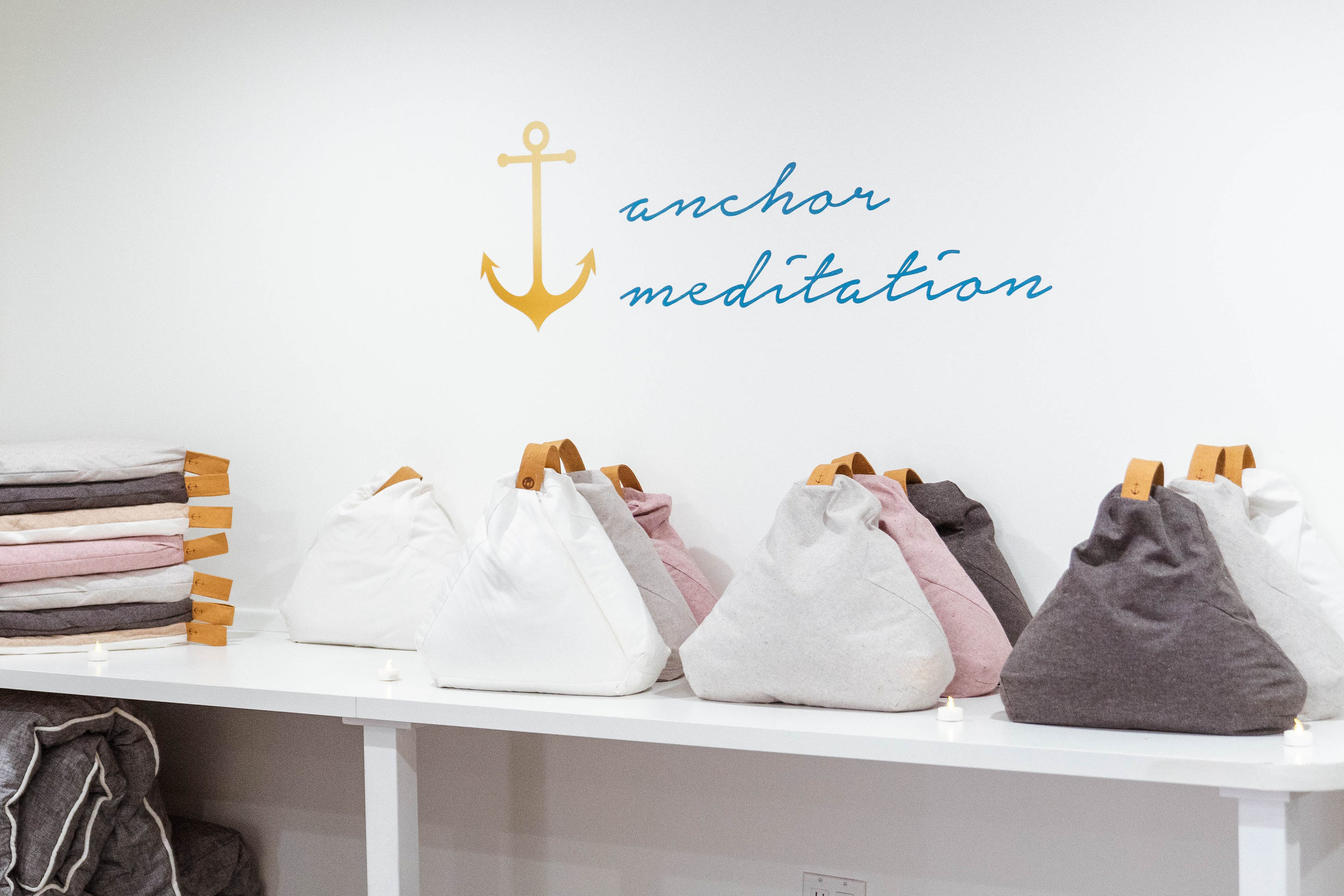 18-11-04-Bumble-Anchor-Meditation-18.jpg
