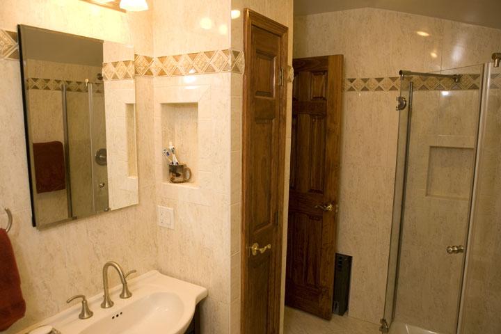 Bathrooms_4.jpg