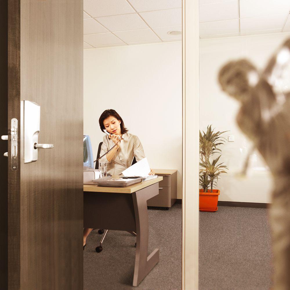 Mercedes-office_Shaun Pettigrew.jpg