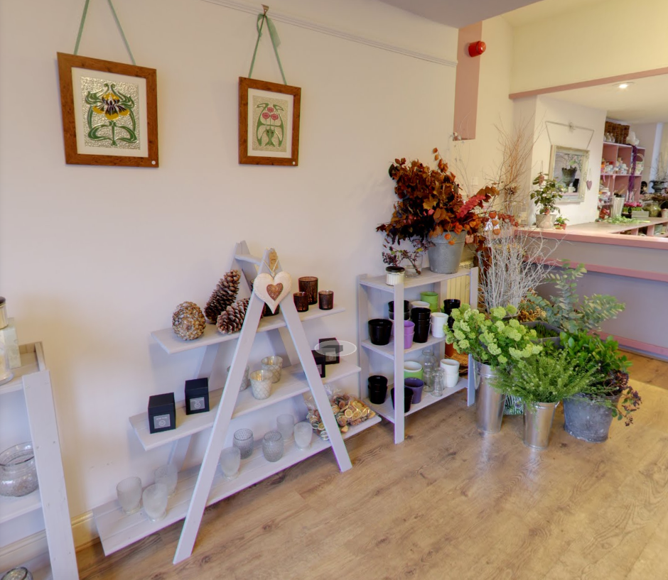 lilac_thyme-shop_interior_gifts.png