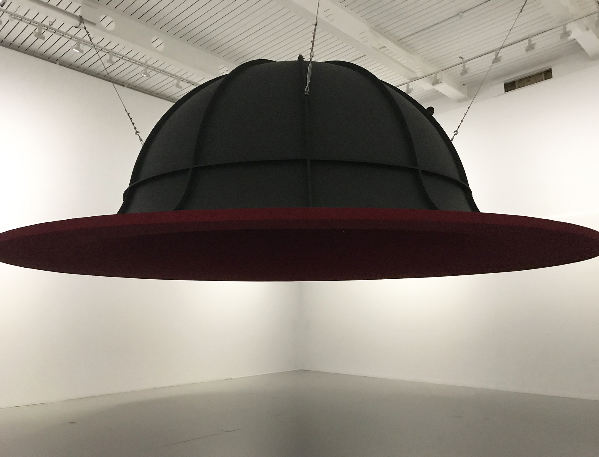Anish Kapoor: At the Edge of the World II , 1998