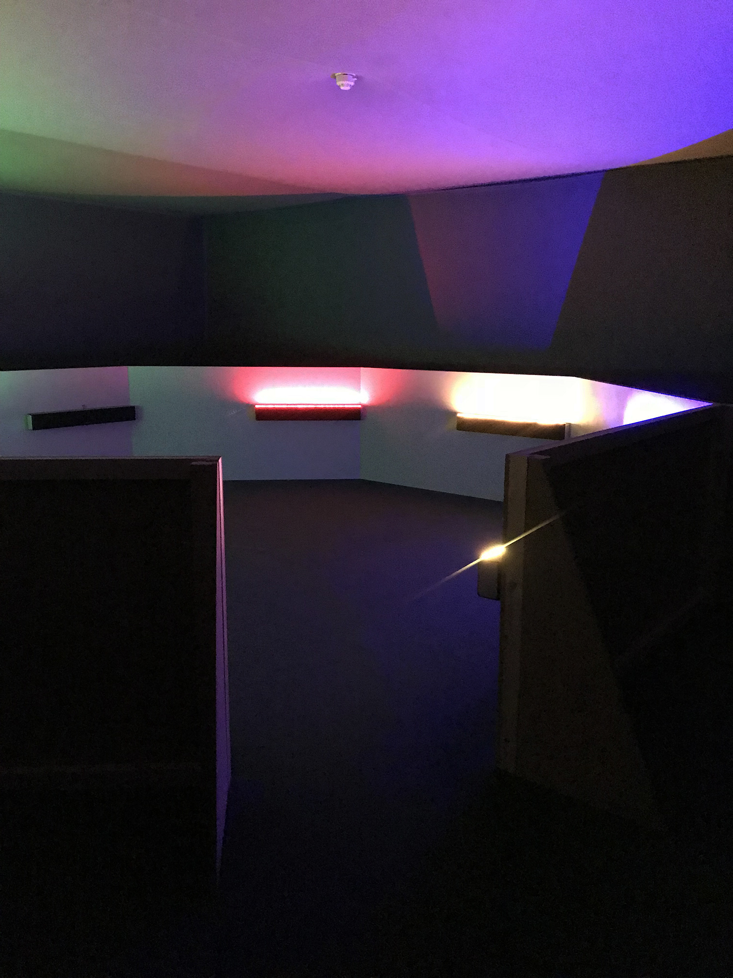 """Haroon Mirza:A Chamber for Horwitz; Sonakinatography Transcriptions in Surround Sound"""" (2015)"""