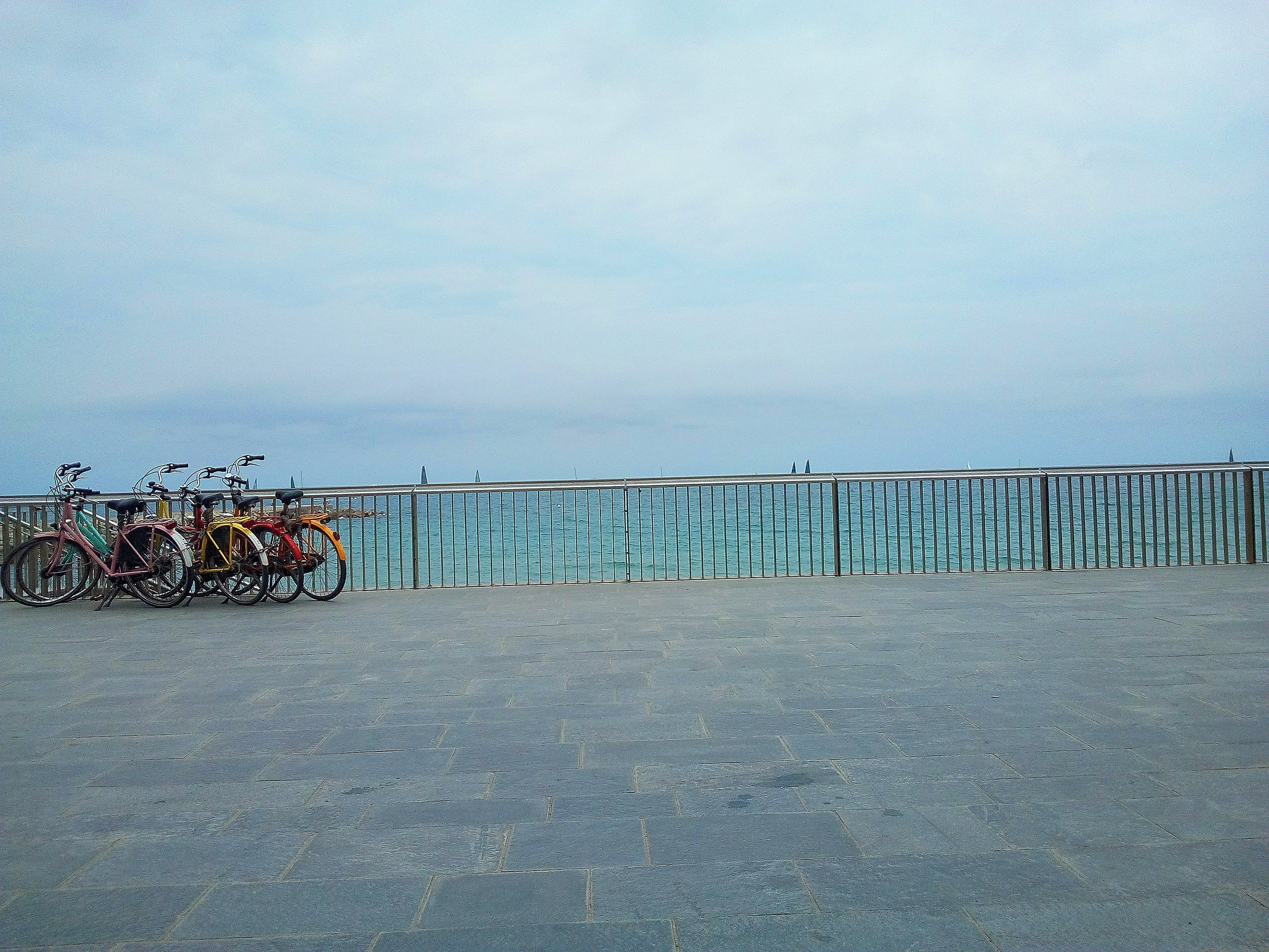bicycles, the ocean, graphical lines #barceloneta
