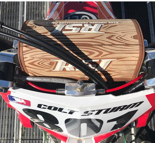 2009 and newer CRF 450r mounting looks similar to the YZF mounting position. Use this position for 2018 and newer CRF 250r as well.