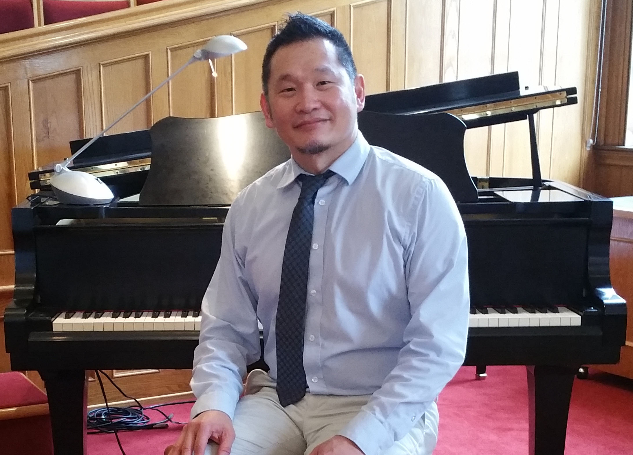 jim-at-piano2.jpg