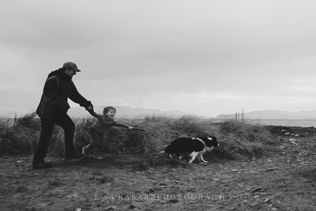Barr Family in Ireland © Laura Barr Photography11.jpg