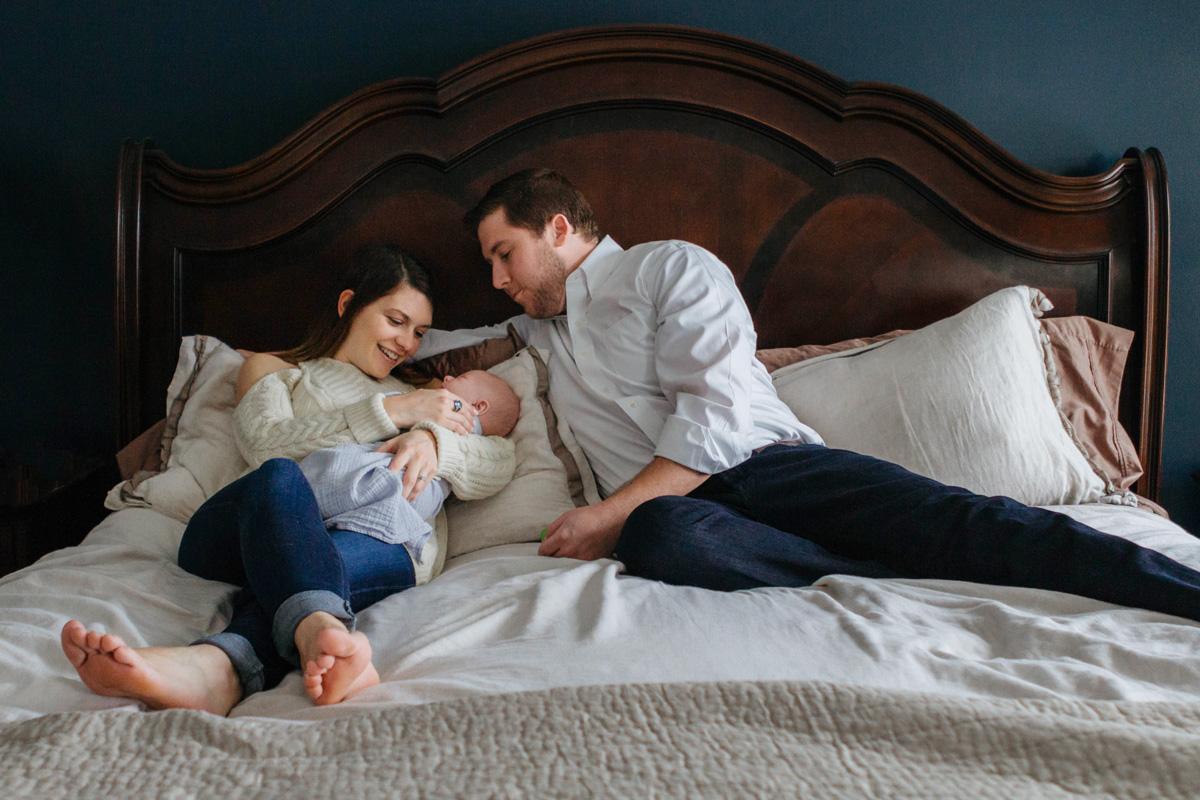 newborn session the wonder - laura barr photography