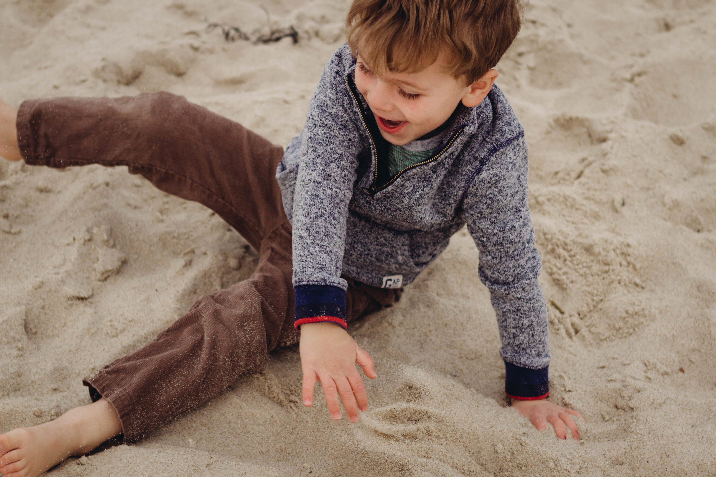 nauset beach laughter - laura barr photography