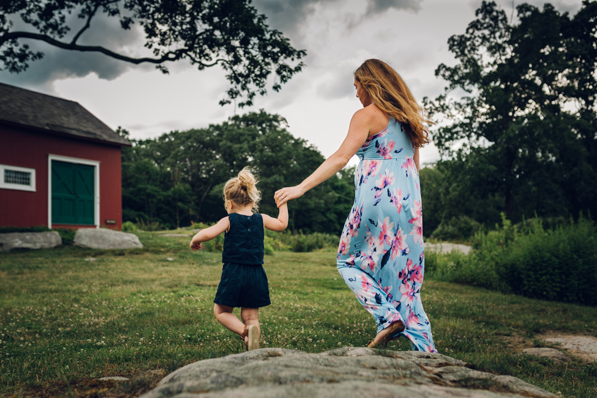 mom and daughter weir farm by laura barr photography
