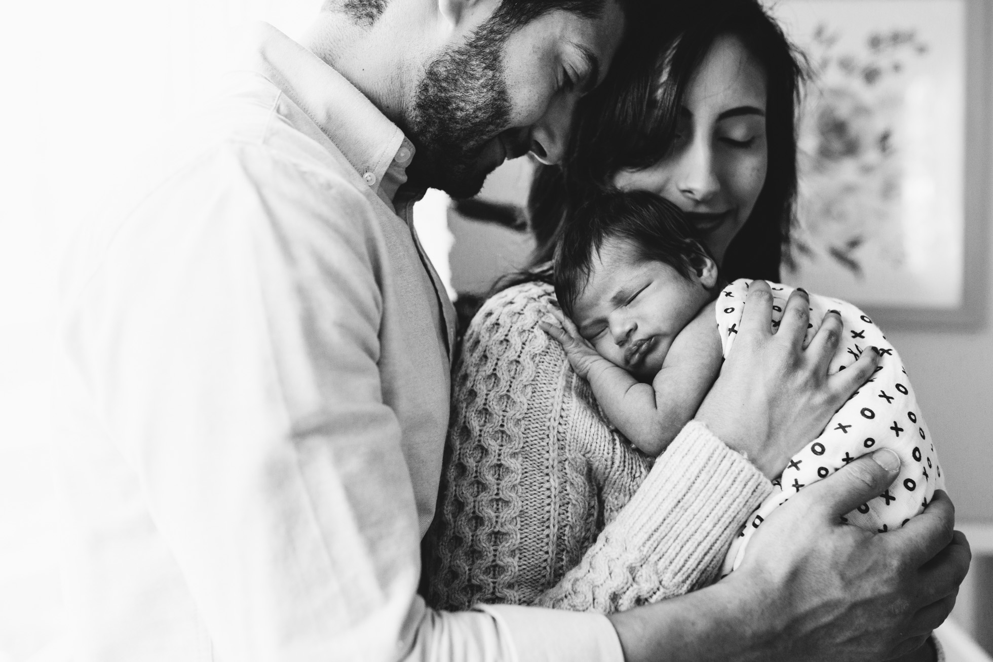 timeless newborn photography in the home by laura barr photography