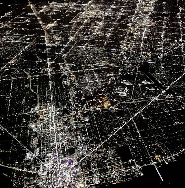 Ants go marching. #Detroit #cities #night #airtravel #urbanismo #urbanlights #grid #cityview #cityfromabove