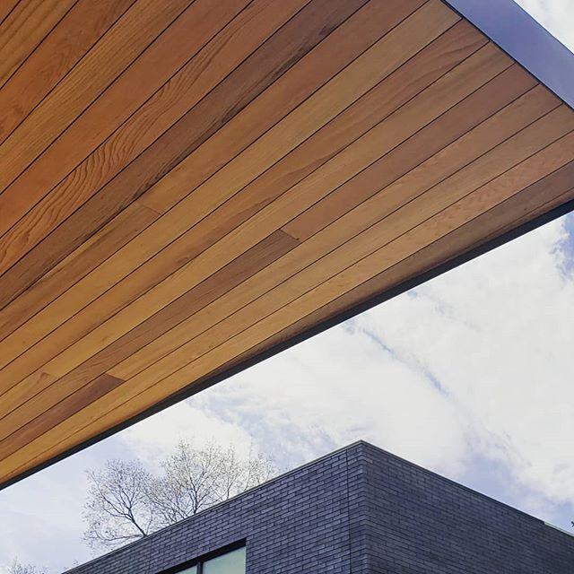 Skylines. . . By @stranddesign . #architecture #design #detail #architektur #landscapearchitecture #spring #newconstruction #construction #garden #modern #modernist #modernarchitect #modernhome