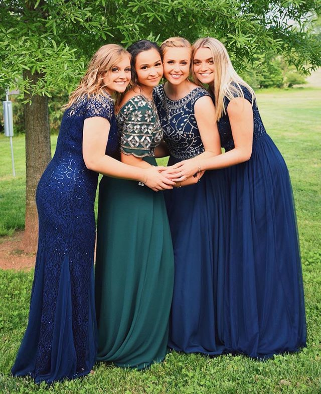 Don't forget—dress returns are this Saturday! Gainesville 10 am-12 pm and Clifton 12 pm-3 pm. / Beautiful friends in beautiful dresses! 😍 @sjnielsenn