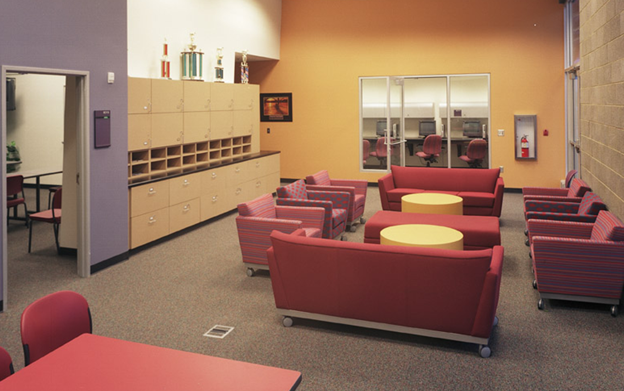 Chandler-Gilbert-Community-College-Student-Center_0003_Lounge.png