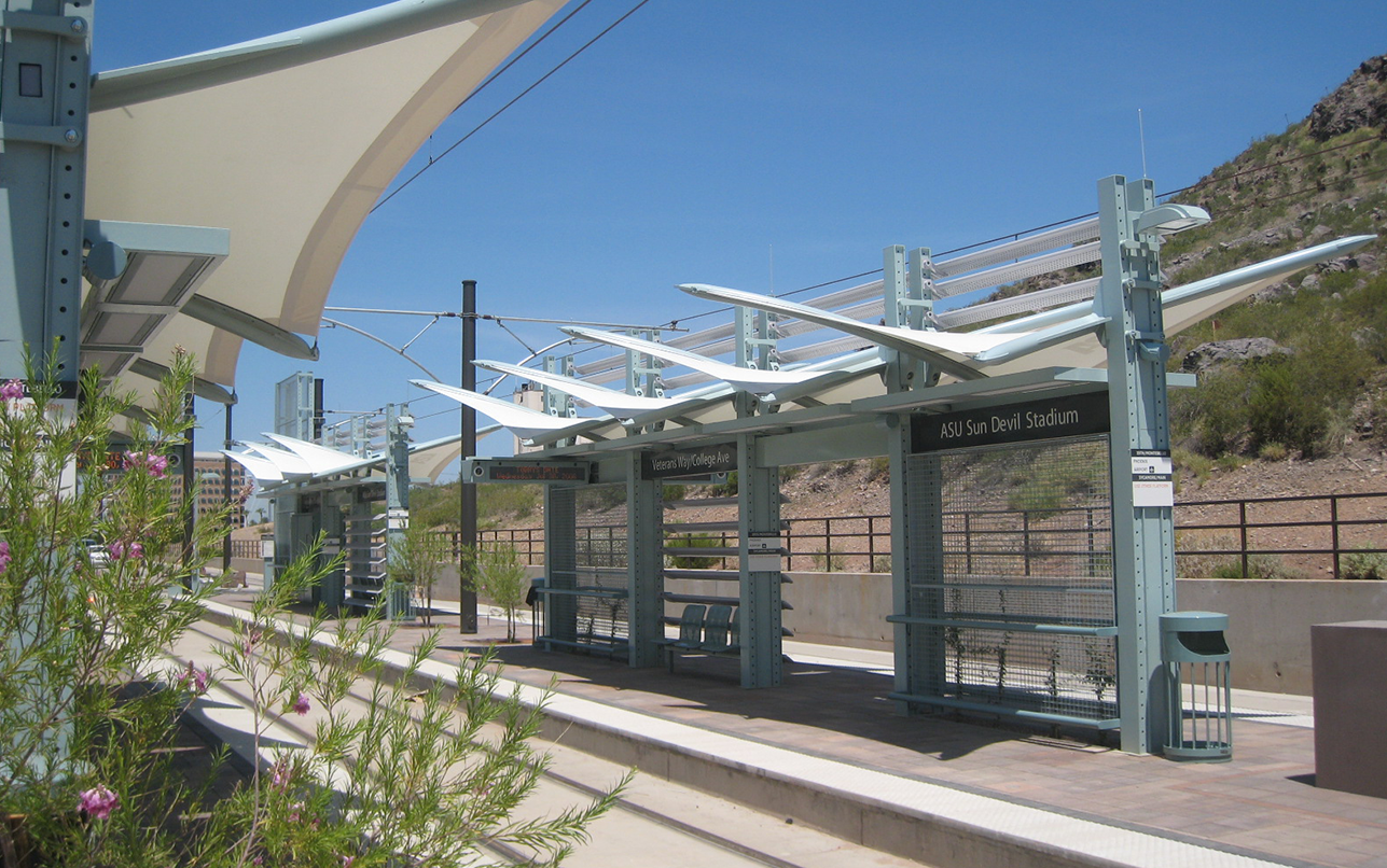 metro-light-rail_0001_IMG_3380.png