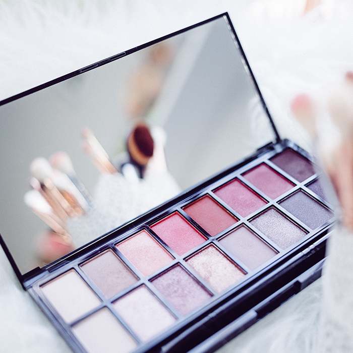 pink makeup blush palette
