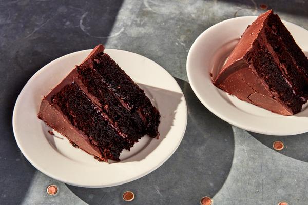 catering_chocolatecake.jpg