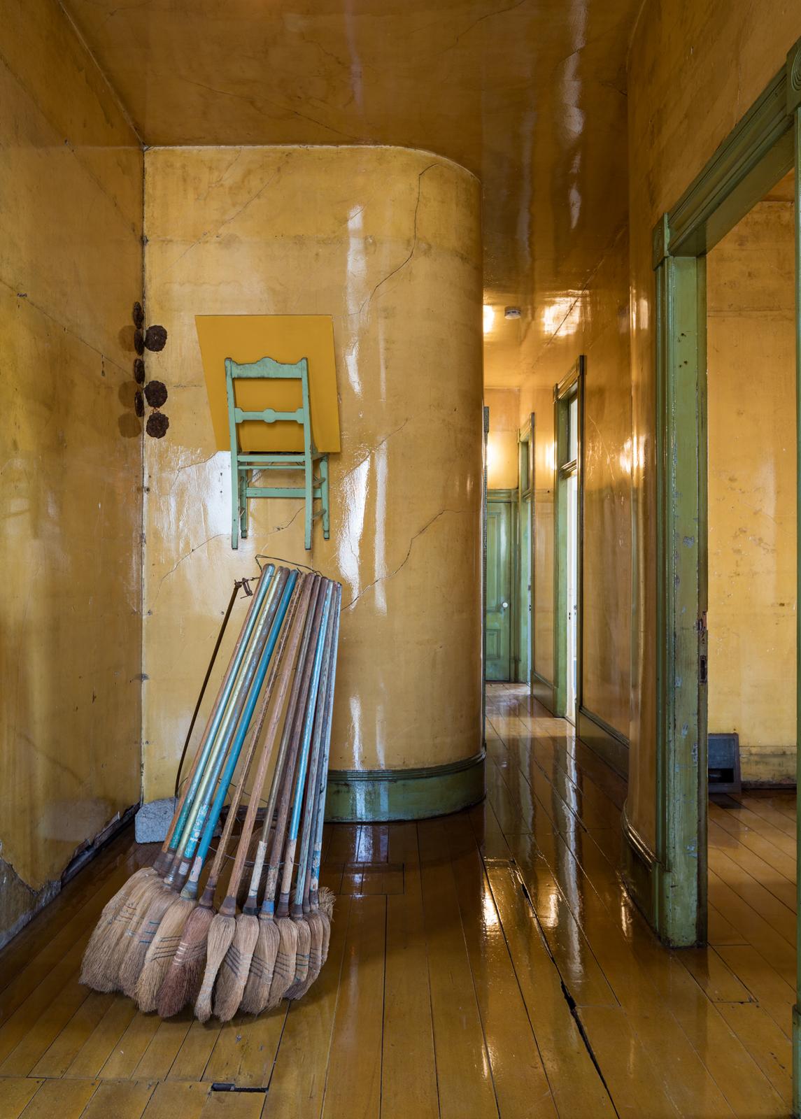 500 Capp St_2nd floor hallway and stairs_#04_Nov 5th__©Henrik Kam 2015_.jpg