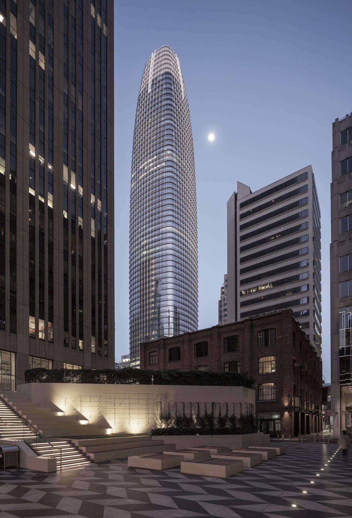 Salesforce Tower, SF