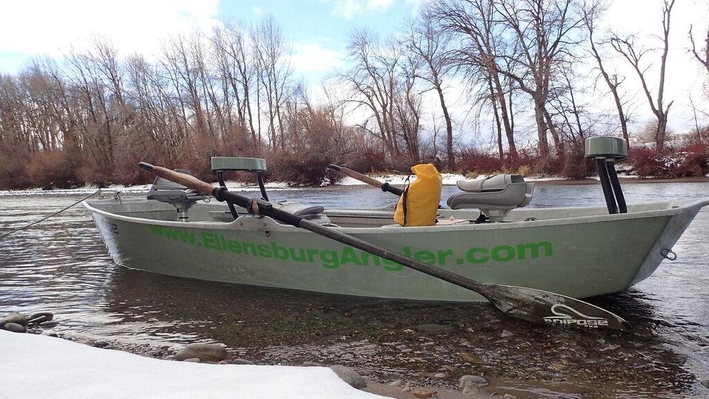 Ellensburg Angler drift boat on Yakima River