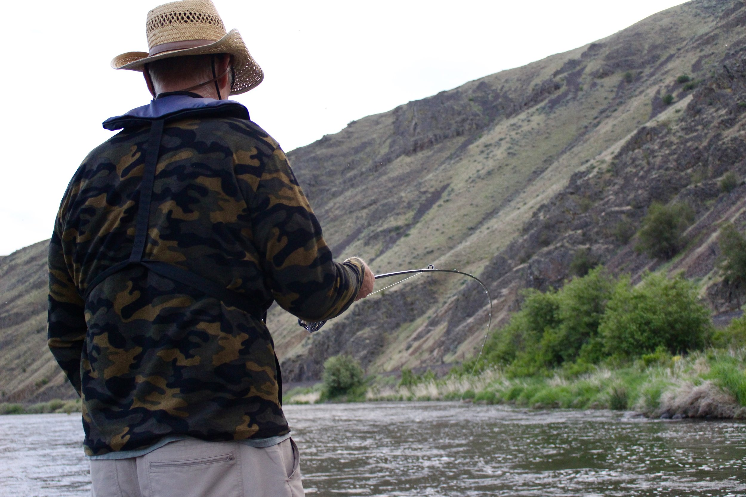 Hooked up on a Yakima River rainbow trout during the caddisfly hatch