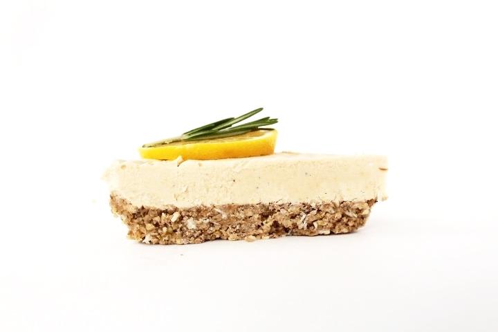 raw-lemon-coconut-cheesecake-organic-sideprofile.jpg