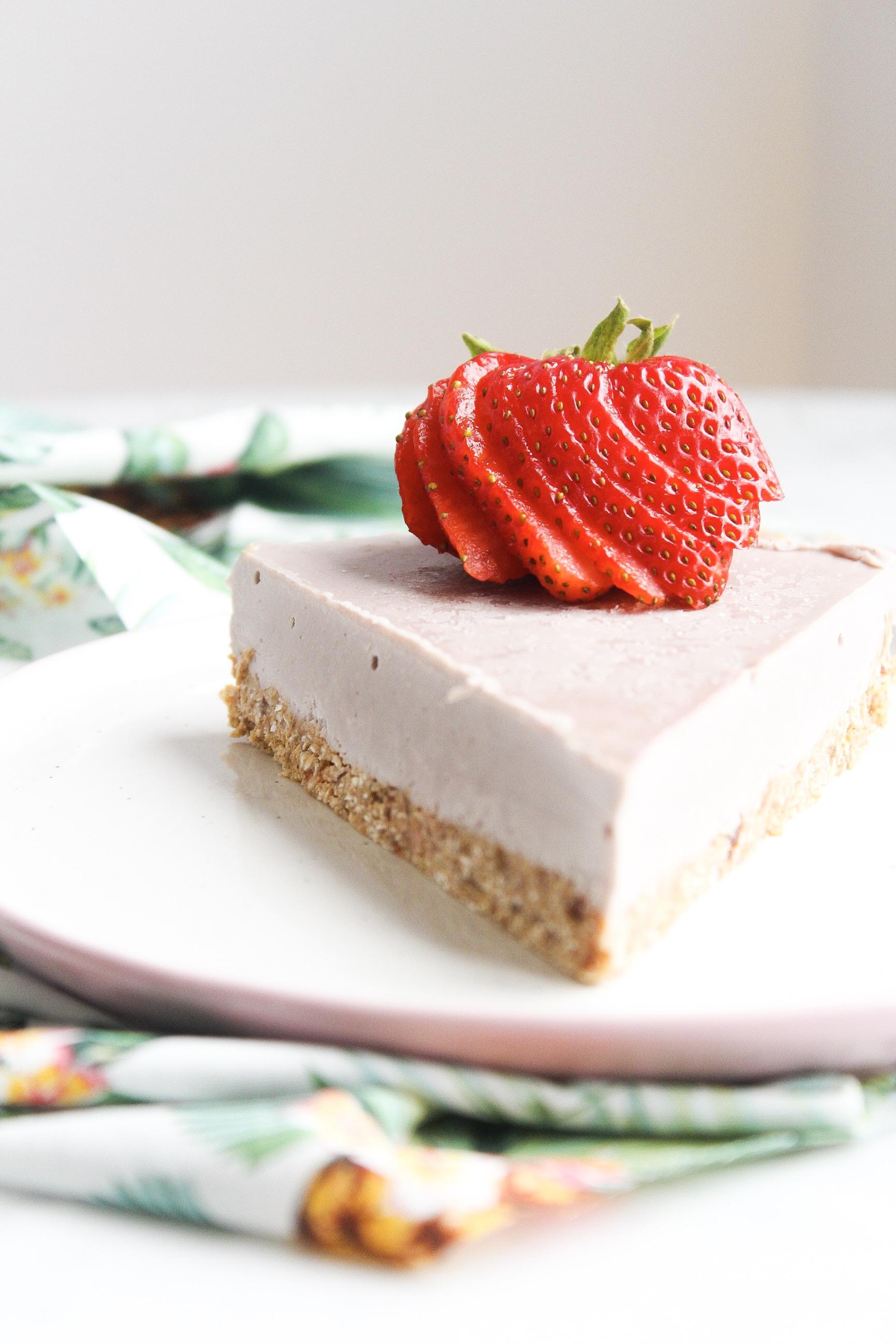 summer.strawberry.cheescake.jpg
