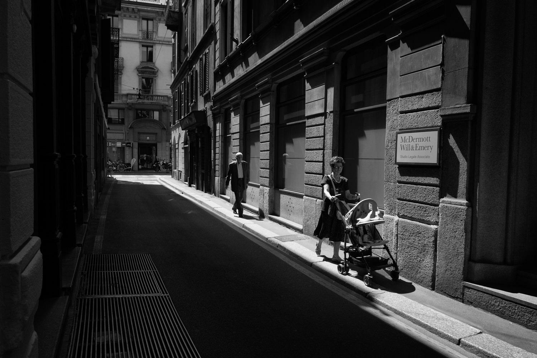 street-photography-leica-q-milano-2015-0013.jpg