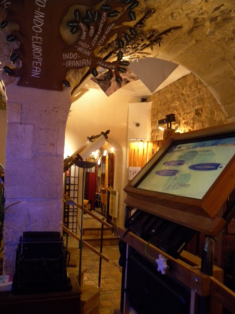 The Mundolingua cellar. Photo from    mundolingua.org   .