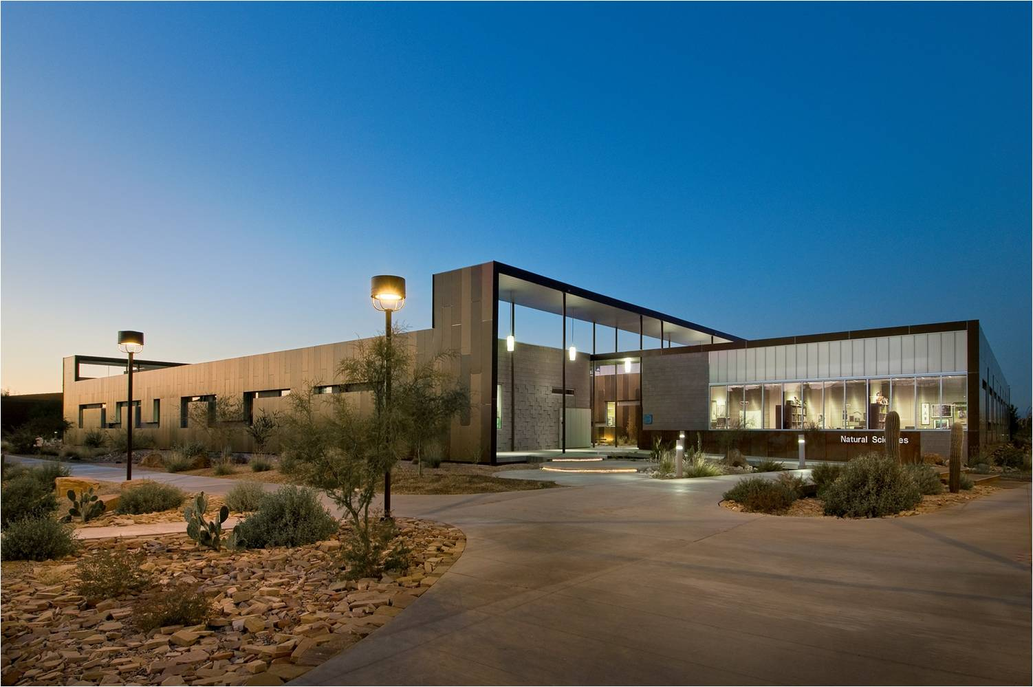 NATURAL SCIENCES BUILDING, SCOTTSDALE COMMUNITY CENTER