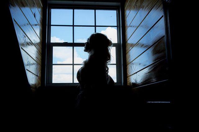Amazing silhouette from a recent wedding @redlandfarmlife