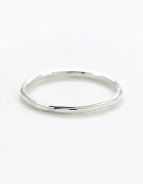 everyone needs an everyday ring, this here could be yours!!