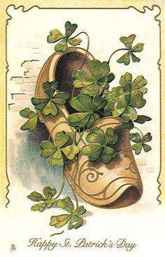bc39bb4e31610f3843230d47cec7442d--wooden-shoe-vintage-cards.jpg