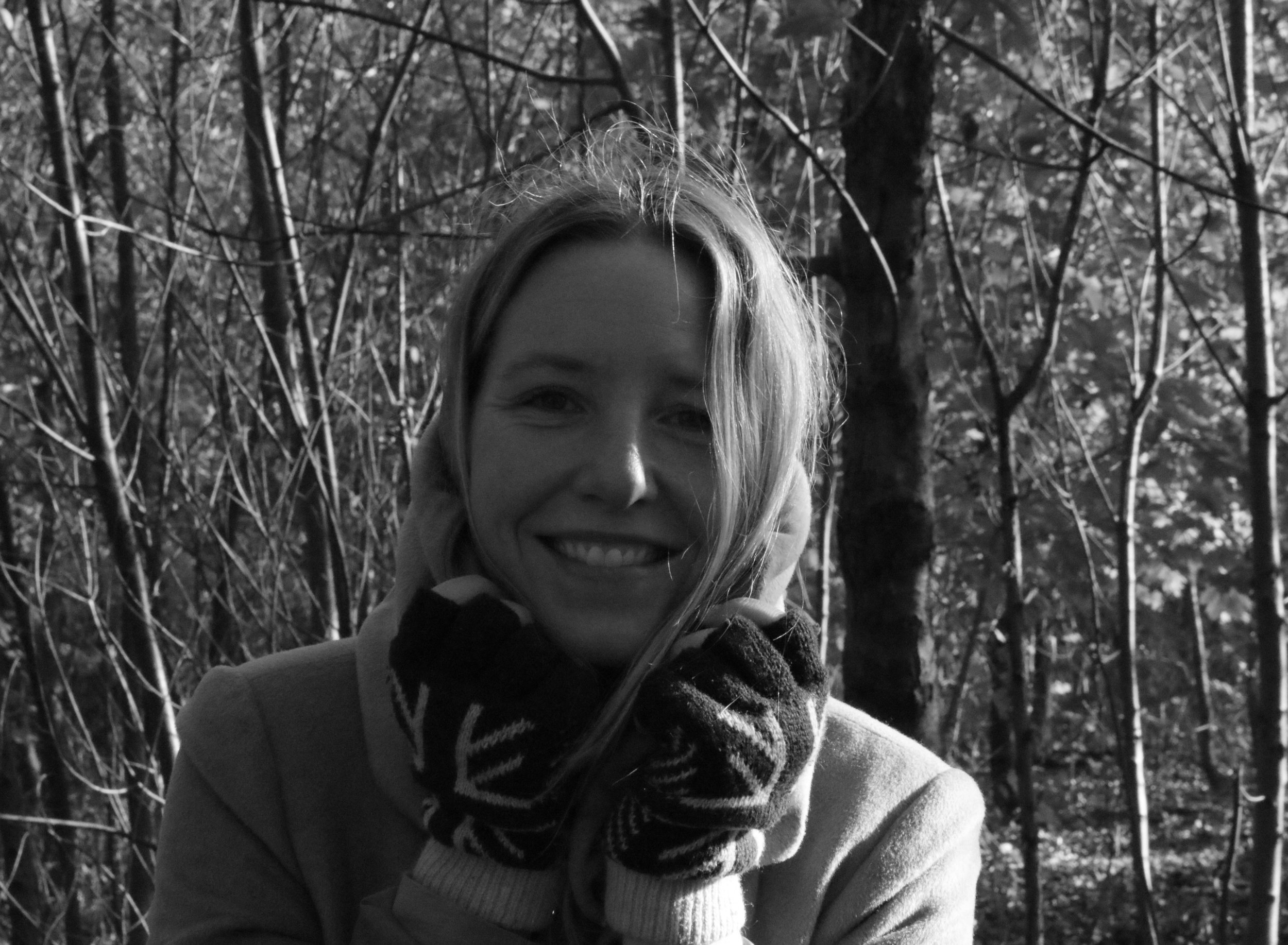 - JESSICA VAN LACHTEROPJessica Van Lachertop is a British film-maker and audio-visual producer who, let's be honest, uses the camera for access to some of the most fascinating people and 'who knew' topics on this bewildering and bedazzling planet.