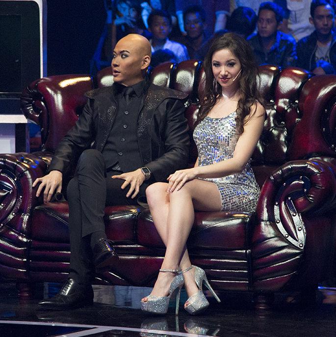The Next Mentalist (Trans 7)   Angela joins Indonesian superstar Deddy Corbuzier as a guest performer and judge for the grand finale of Indonesia's search for the next great mentalist.