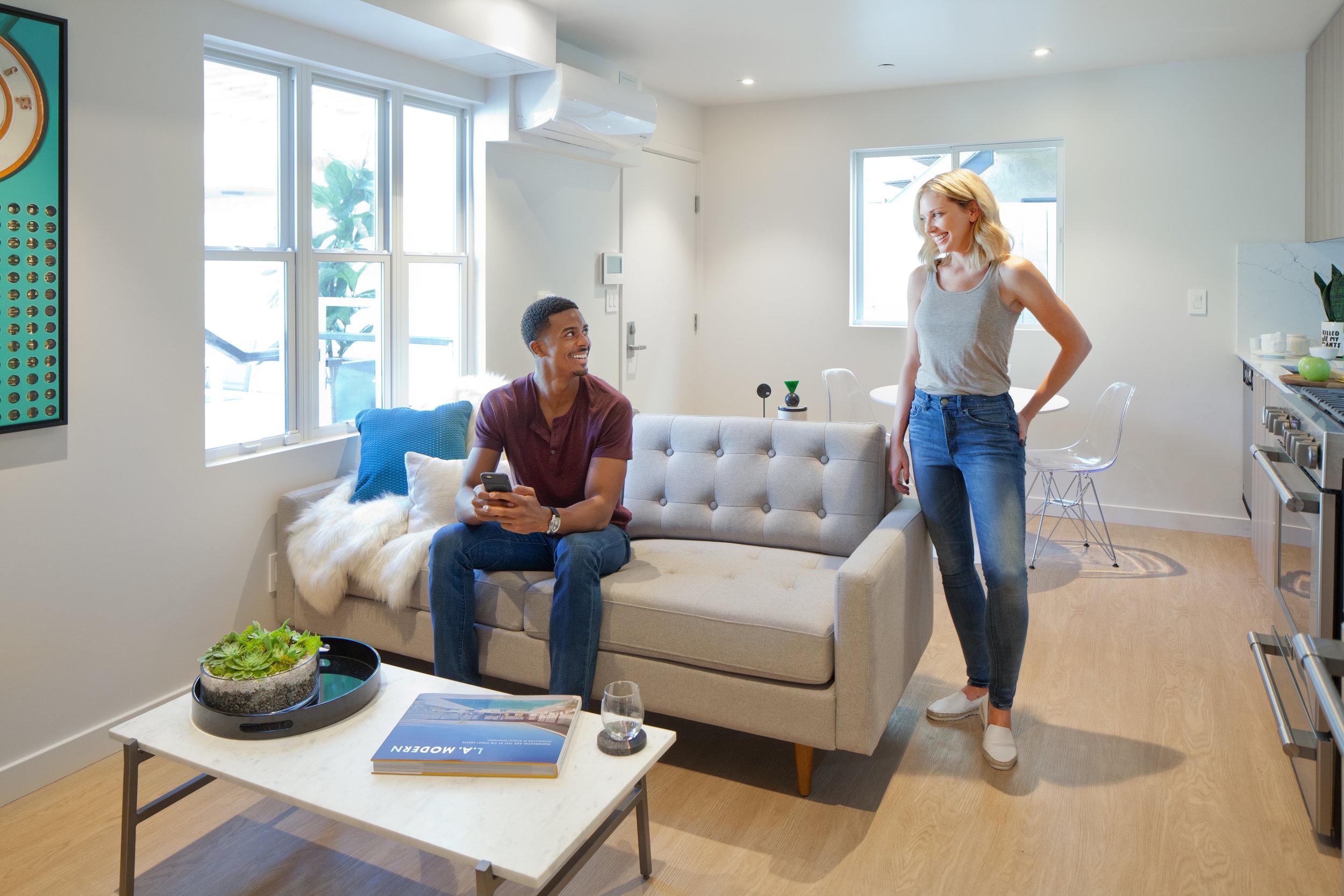 06 - Interior Living Room.jpg