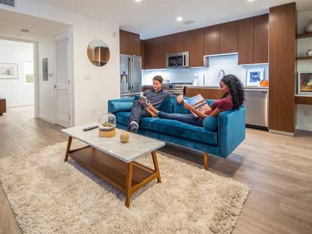 05 - Interior Couch Couple.jpg