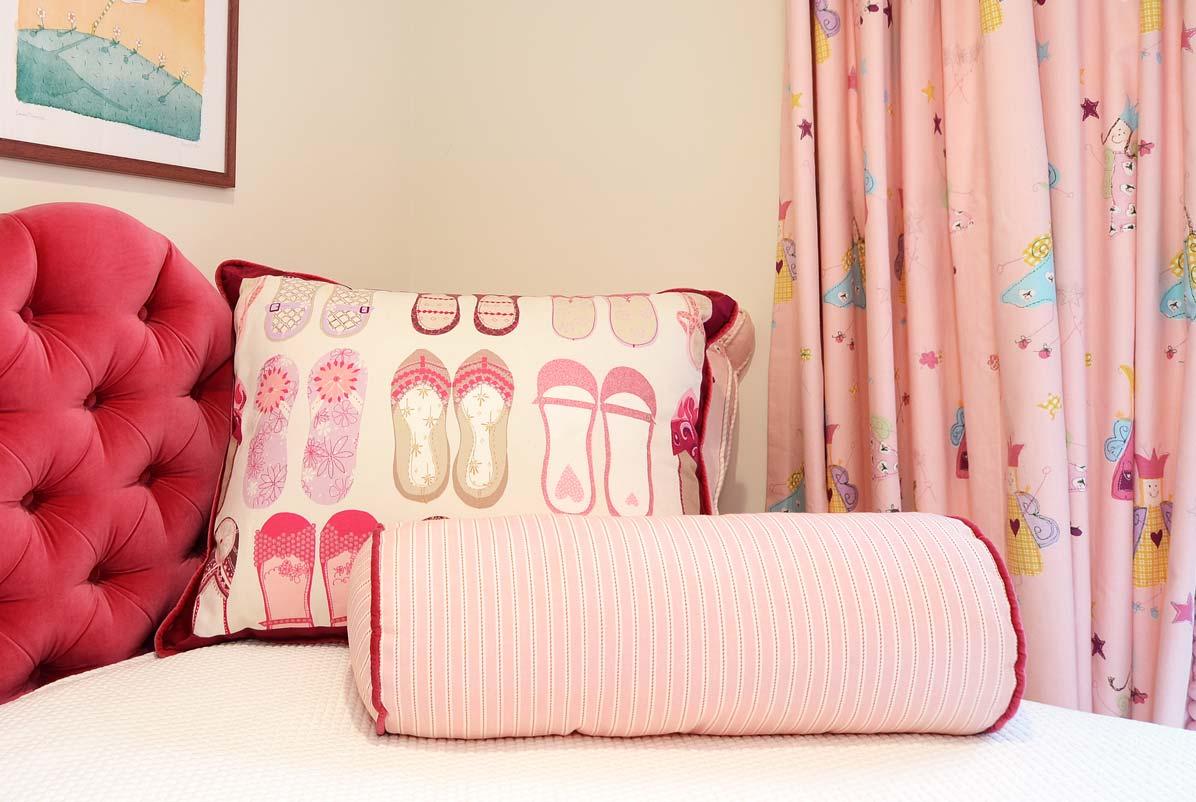 pink_pillows.jpg