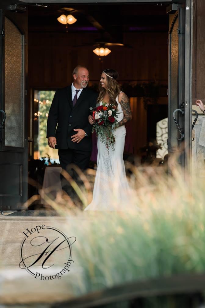 oklahoma-day-of-wedding-coordinator-bethany-faber