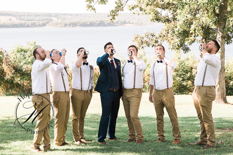tulsa-springs-fall-wedding-day-of-coordinator