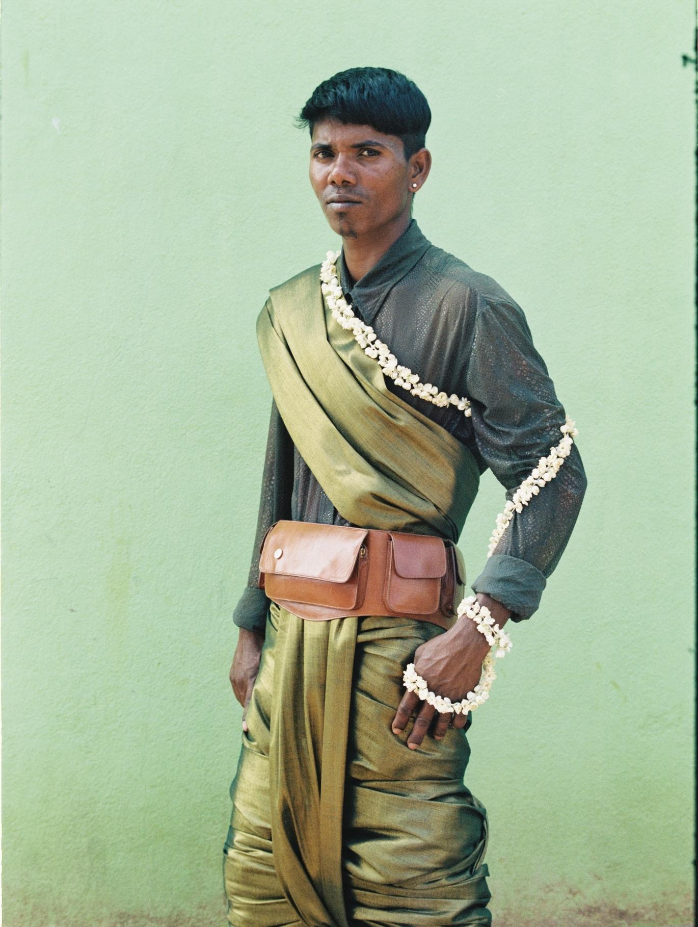 Thangaraj in our Anjuna belt bag in Toffee
