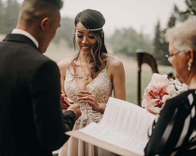 🌿 💐 . . . . .  #rockymountainbride #intimateweddingphotographer #wanderingweddings #radlovestories #belovedstories #mountainbride #vintagebride #yycweddings #yycweddingphotographer #rockymountainwedding #adventurouswedding #adventurousbride #wedphotoinspiration #intimatelove #theknot #weddinghairinspo #loveauthentic #greenweddingshoes #weddingphotography #weddinginspiration #weddinginspo #yycwedding #yycphotographer #bohoweddingideas #calgaryweddingphotographer #summerweddingdress #weddingideas #bohoweddingdress #summerwedding  #weddinghairstyles