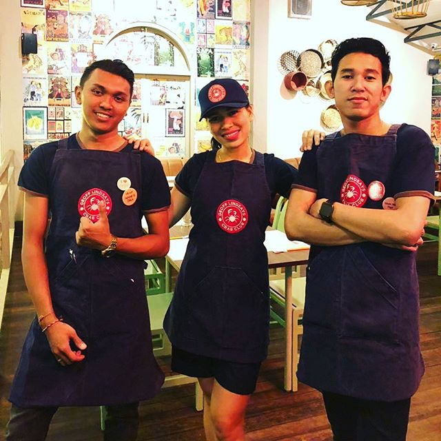 Thanks to the wonderful team at Saigon Street in Bali for a very successful pop up this past weekend. Next stop is @beachside_pavilion in Broadbeach on the Gold Coast October 30 🦀 #letsgetcracking🦀