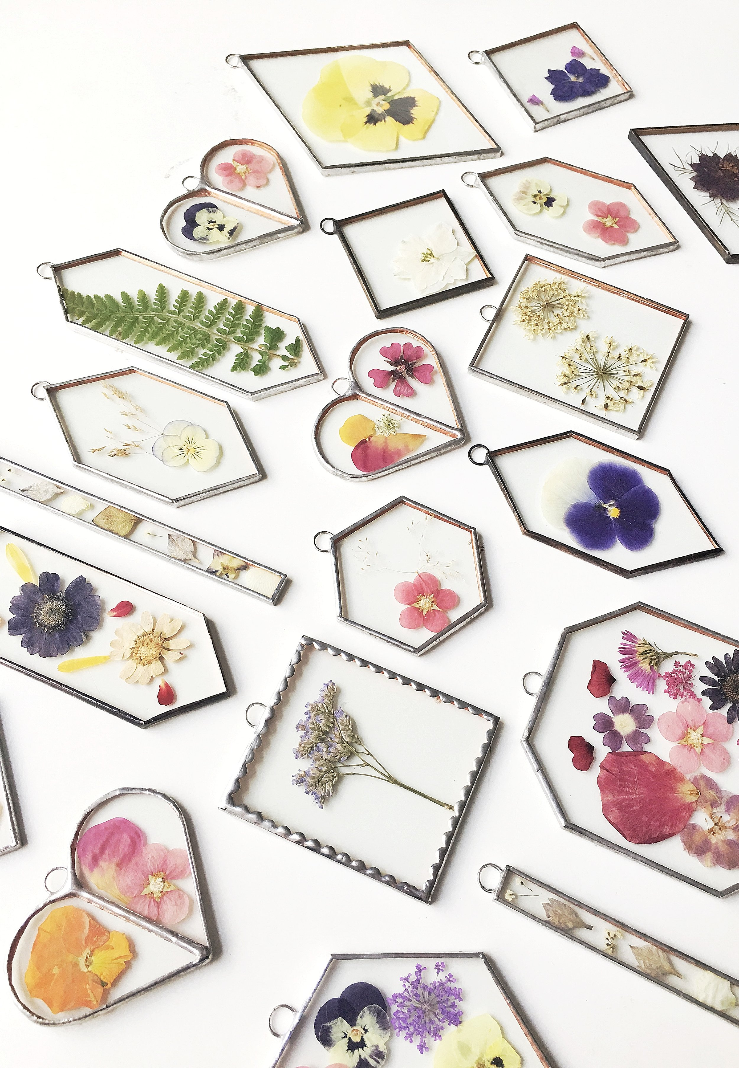 10 Paly Glass - Assorted pressed flower frames.jpg