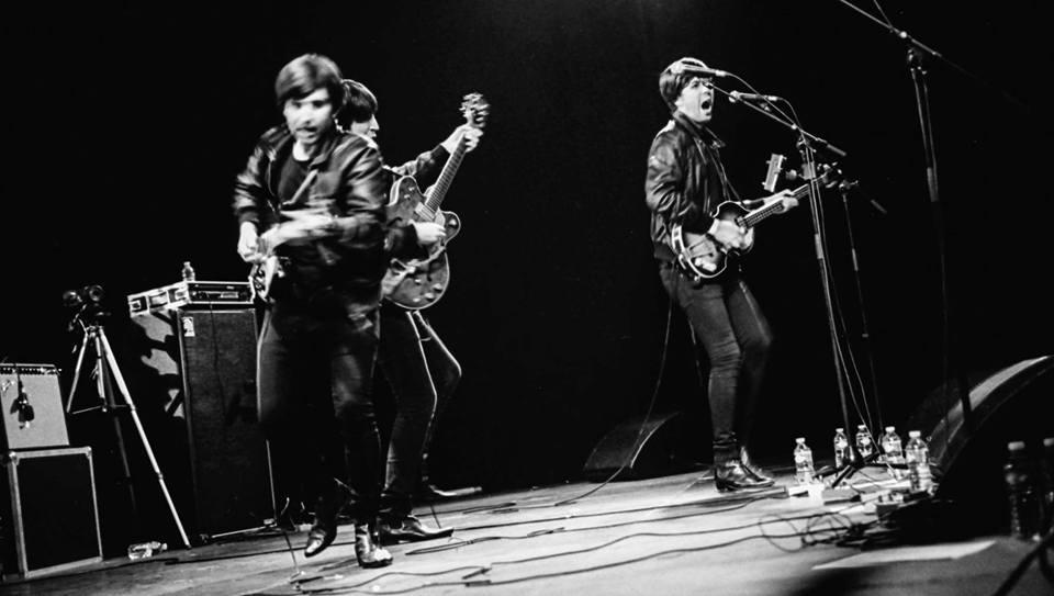 The Flaming Shakers en su faceta más rockera y enérgica en el Festival Beatles Day de Bélgica.