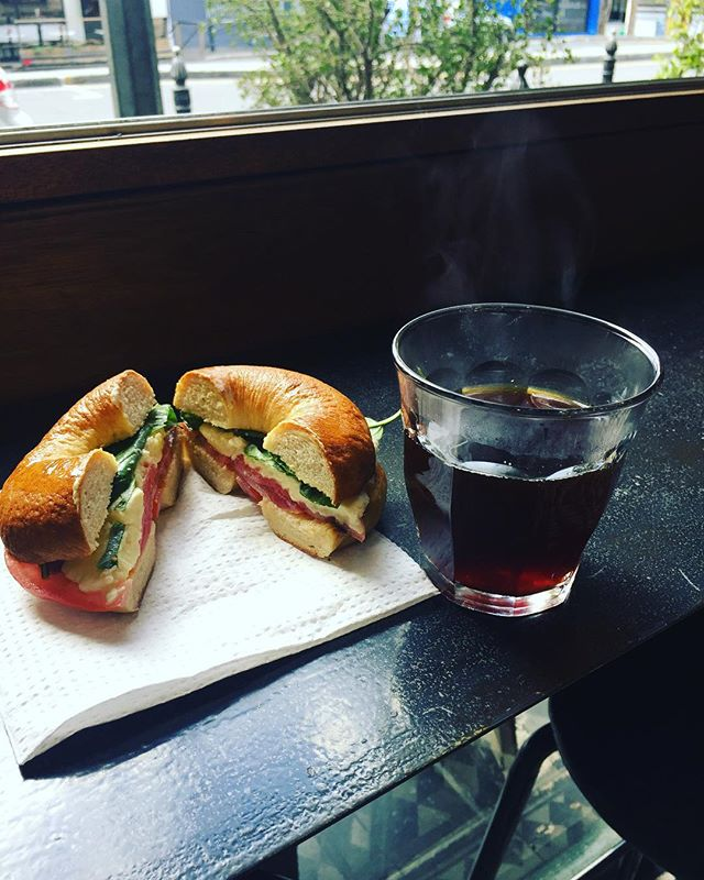 Italy, meet Burundi. Caprese bagel on plain with one of or @rosettaroastery batch brew coffees to keep it company. Currently serving their phenomenal Burundian 'Gushibi', which plays beautifully with the batch brew method through our Moccamaster.  #bagel #caprese #coffee #batchbrew #rosettaroastery #burundiancoffee #caprese #bagels # breestreet #capetownfood #capetown